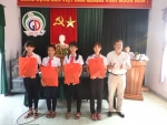 Phòng GDĐT Hội An tặng quà và động viên các em học sinh trước kì thi TNTH, OTE, TTVH cấp Tỉnh